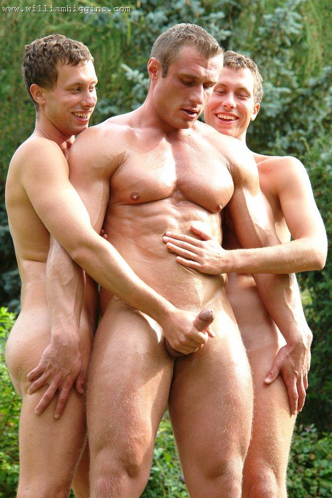 голые геи показывают своемастерство