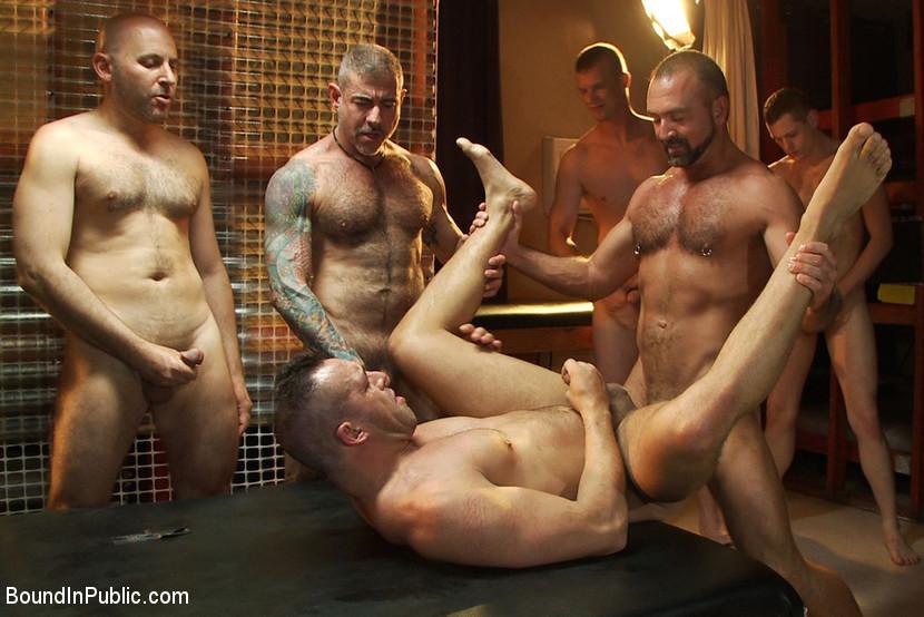 reservation chambre gay paris