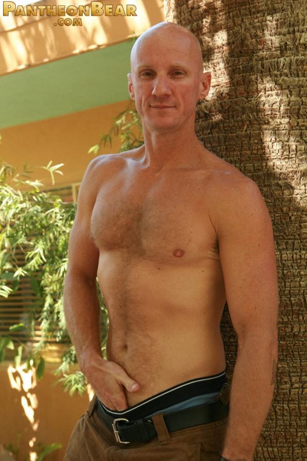лысый голый парень фото