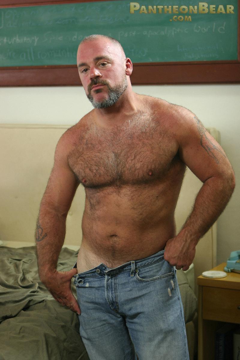 muscle gay bear solo