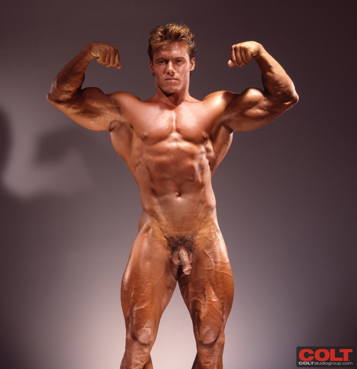 Link sites muscular gay pics