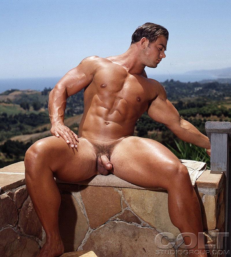 Free male gay bodybuilders nude videos #7